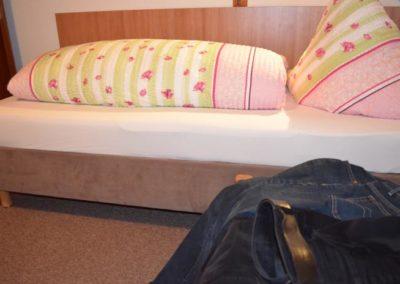 fewo-deutschle-schlafzimmer-suedwest (3)